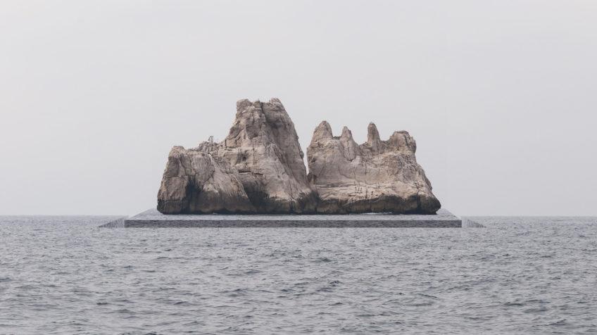 horizon 83 Ile calanques de Marseille - 2014 - © Marc Chostakoff